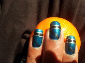 Nail-Art rapide sur OPI Yodel me on my cell 6