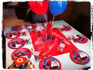 Anniversaire spiderman l 39 atelier d 39 angel - Deco anniversaire spiderman ...