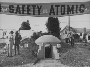 loomis-dean-a-model-atomic-bomb-shelter-for-personal-use