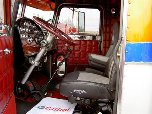 Peterbilt 359 dream truck for Camion americain interieur cabine
