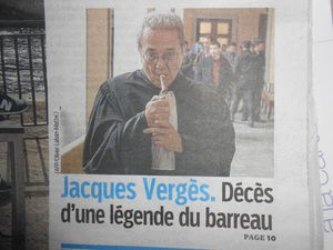 deces-jacques-verges-avocat-legende-barreau-cigare-chaise-l.jpg