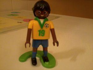 07 - Footballeur Bresilien Playmobil