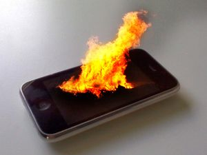 iPhone-in-flames.jpg