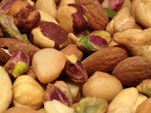 mixed-nuts1.jpg