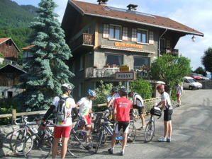 cyclotourisme-depart-pour-le-glandon.jpg