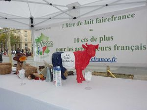 Lait-equitable-Paris-261013-008-T.jpg