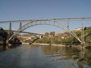 Eiffel-Ponte-Maria_Pia-a-Porto.JPG