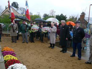 Ceremonie-11-nov-2010-Lhermenier.JPG