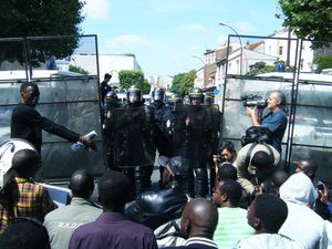 manif montreuil 31juil11-11