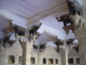 Ceiling-elephants.JPG