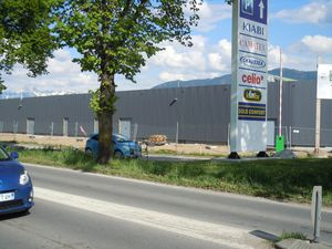 2013-05-07-1-zone-commerciale.JPG