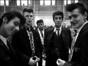 39295669 teddy boys 70s 400