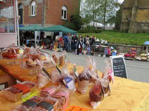 2013-05-01_Falaise_Troedelmarkt--272-.JPG
