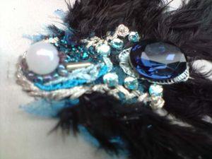 broche-plumes-noires--2-.JPG