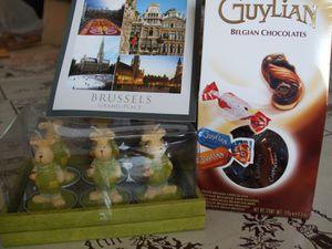 chocolats belges et bougies lapins
