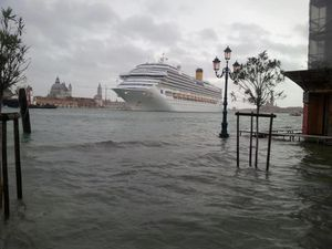 acqua-alta-2012-copie-1.jpg
