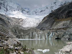 Cordillera_Blanca_Glacier.jpg