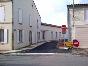 80 Rue Lucien Grand Sens Interdit Saint-Hilaire-de-Villefra