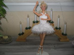 Ingrid-barbie-Swan.JPG