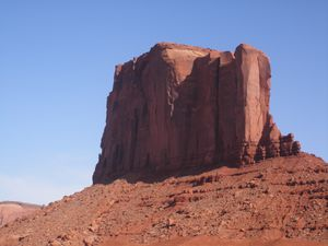 038Monument-Valley-elephant.JPG