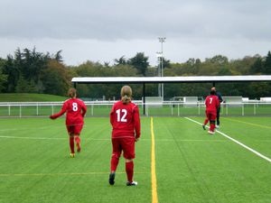 football-club-clamart-equipe-feminine.jpg