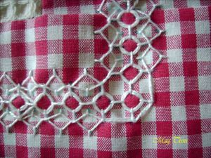Broderie angle