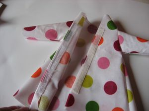 gabarit-impermeable-et--capeline-barbie-en-toile--copie-6.jpg