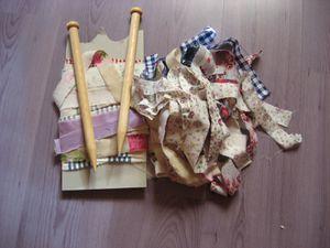 tapis-en-chutes-de-tissu-tricotees-001.jpg