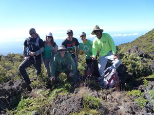 Hawaii-Maui-Kahua-17 July 2014-team & JYM