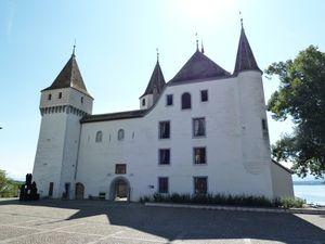 112-chateau de Nyon