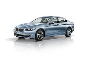 bmw-activehybrid-5-2011-13-10555481pjovb.jpg