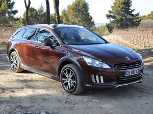 essia_peugeot_508_rxh_hybrid4_01.jpg