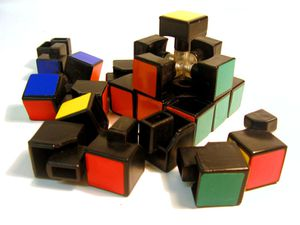 800px-Disassembled-rubix-1.jpg