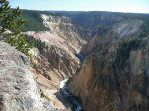 Th-Yellowstone-2 090