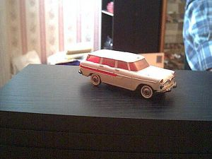 Simca-Marly-Ambulance-Norev--0717.jpg