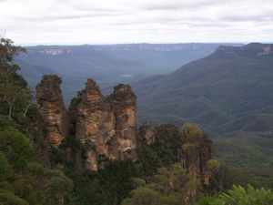 0182.Three Sisters - Blue Mountains