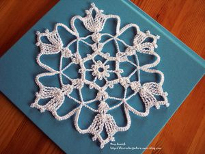 flocon-napperon-decoration-crochet