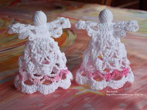 anges-decor-table-bapteme-crochet