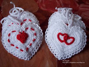 coeurs-pochettes-mariage-cadeau-st-valentin