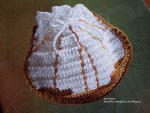 coquille-st-jacques-pochette-dragees-crochet