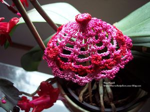 ombrelle-rose-rouge-decoration-crochet