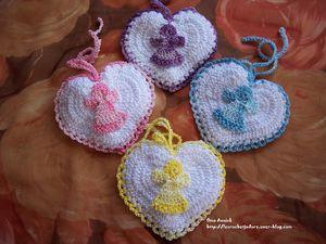 coeur-pochette-sac-dragees-crochet-cadeau.jpg