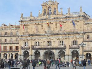 Plaza-Mayor-2-l-hotel-de-ville--2-.jpg