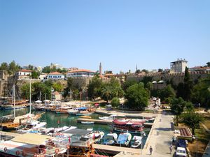 Antalya---17--le-port-de-plaisance.JPG