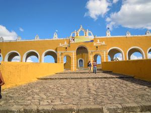 032 -couvent de San Antonio de padua à Izamal