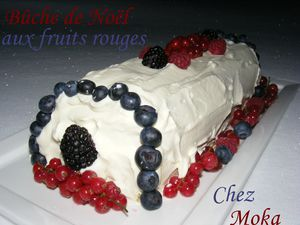Bûche de Noël aux fruits rouges