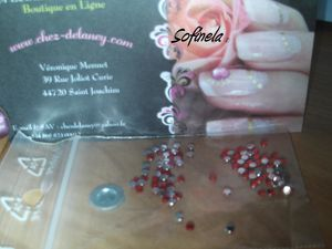 strass-rond-rouge.JPG