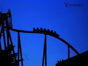 Port aventura Chine Dragon Khan Nuit