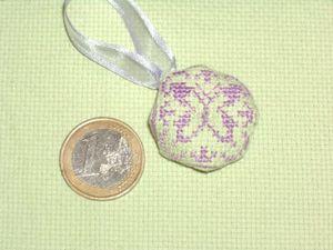 Mini-bisco-papillon-fait-par-Virginie-Oct-2011---1.jpg