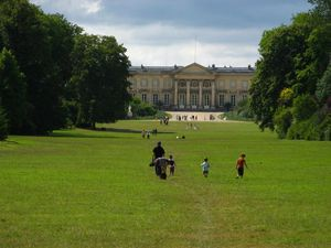 Chateau_de_Compiegne-_view_from_the_park-1-.jpg